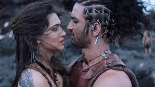 Sushant Singh Rajput and Kriti Sanon in a still from Raabta.