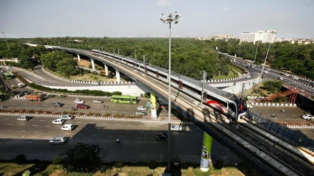 In May, the arbitration over Delhi metro's controversial airport express line was decided in favour of DAMEPL.(HT FILE)