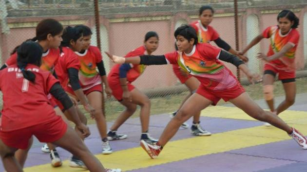 Shama Parveen in action at the SAI training centre at Gandhinagar in Gujarat.(Hindustan Times photo)