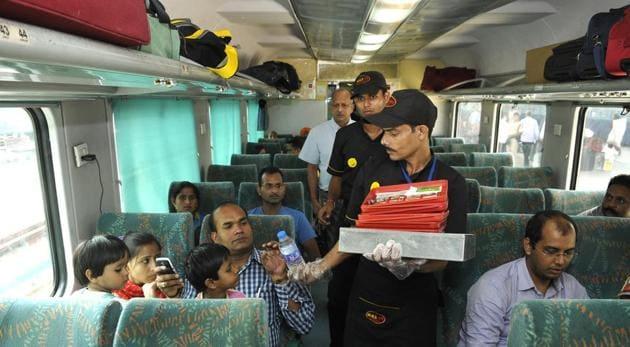 The railways have also partnered with Switz Foods, Only Alibaba, Haldiram, Bikanerwala, Nirula's and Pizza Hut.(Karun Sharma/HT Photo)