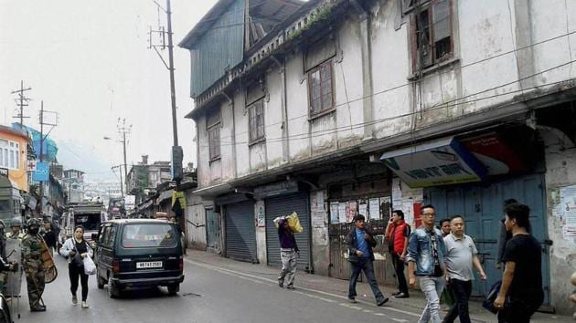 Shops and business establishments remain shut after the bandh called by Gorkha Janmukti Morcha in Darjeeling.(PTI Photo)