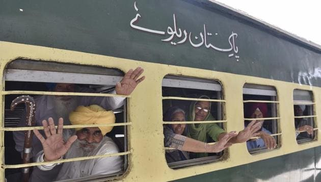 The SGPC had in the latest sent 251 passports to the Pakistani embassy in Delhi for visas.(HT File Photo)