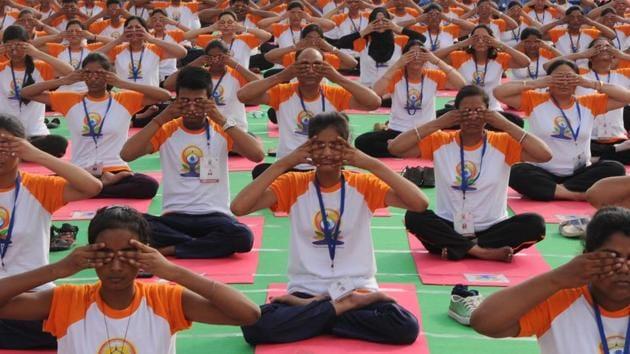 Final dress rehearsal for upcoming International Yoga Day at Ramabi Ambedkar Maidan in Lucknow, India, on Monday, June 19, 2017.(HT Photo/Subhankar Chakraborty)