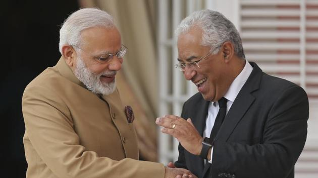 Prime Ministers Narendra Modi (left) and Antonio Costa at the Necessidades Palace, the Portuguese foreign ministry in Lisbon, Portugal, on June 24, 2017.(AP Photo)