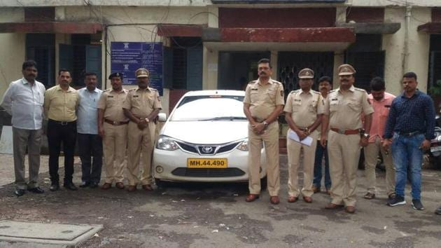The cab was hired through the mobile application of Ola around 1 am when five people boarded the cab and headed to Pimple Saudagar.(HT PHOTO)