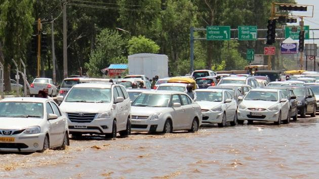 The Baltana intersection on the ZirakpurKalka highway gets flooded even after a slight shower.(Siddhant Sharma/HT)