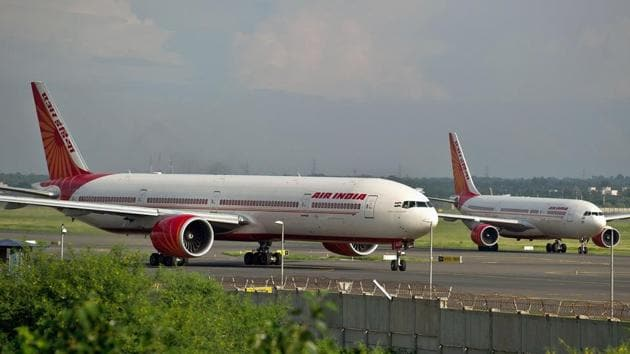 The Union cabinet on Wednesday gave its in-principle approval for the disinvestment of Air India.(AFP Photo)