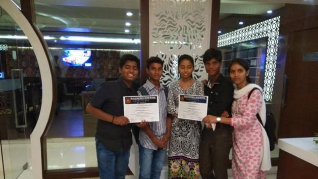 Uttam, Bunty, Swati, Anshu and Shraddha.