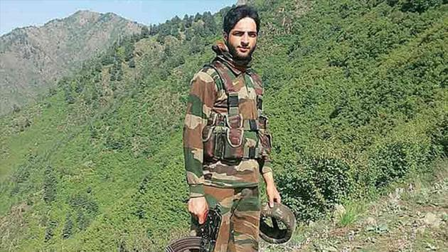Burhan Wani, the most wanted regional commander of the Hizb-ul-Mujahideen, who is all over the Internet and involved in recruiting young Kashmiris for jihad.(HT File Photo)