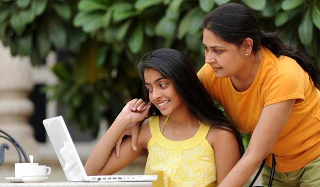 Most parents in India (89%) help fund their child's current stage of education. Over nine in ten (94%) parents want their children to do postgraduation, and of this number, 79% expect to contribute towards funding that too.(Getty Images/iStockphoto)
