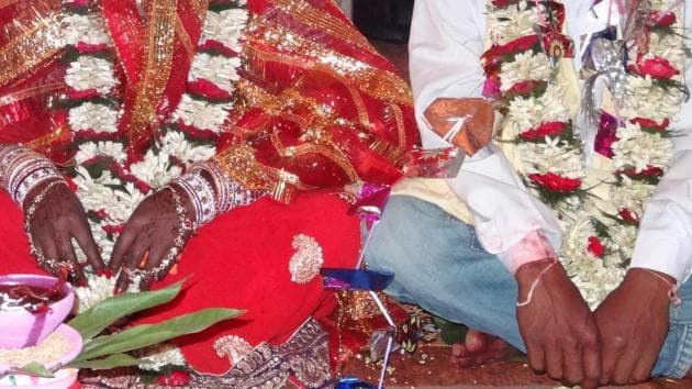 A bride and groom in Ranchi.(HT File Photo)