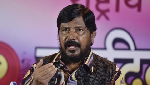 RPI leader Ramdas Athawale at a press conference in Bandra, Mumbai, last year.(Pratham Gokhale/HT Photo)