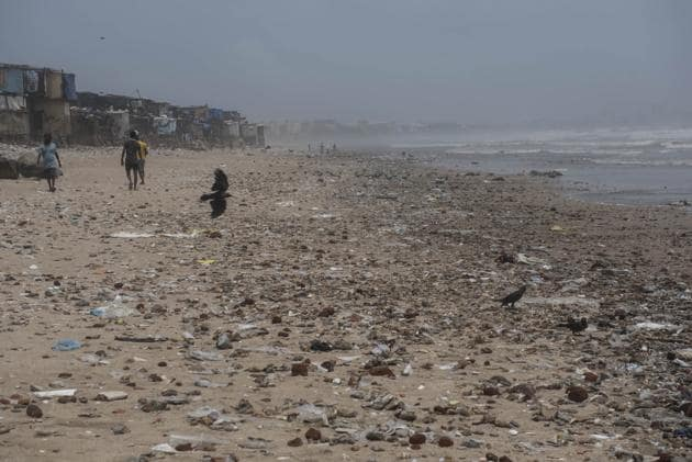 Just weeks ago, the beach had been cleaned up of all this filth.(Satish Bate/HT Photo)