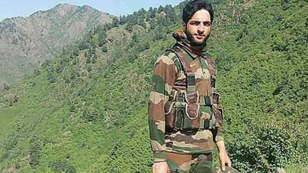 Burhan Wani, a regional commander of the Hizbul Mujahideen, became popular due to social media, a platform that allowed him to reach out to young Kashmiris, and even made him something of a local hero.(File Photo)