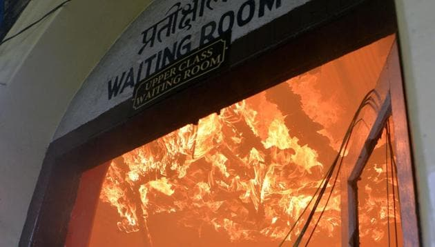 The waiting room at a station of the Darjeeling Himalayan Railway was set on fire by protesters.(AFP Photo)