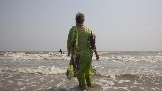 Elizabeth Brenner, has been following the last footsteps of her son Thomas Plotkin in India. Thomas died during a study abroad trip to the mountains of India more than five-years-ago. His body was never found. Brenner spent two months tracing the 1,670 kilometre path along the Ganges River as she believes this is the path taken by her son's remains.(Rishabh R. Jain / AP)