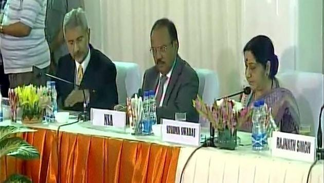 Foreign minister Sushma Swaraj with NSA Ajit Doval (centre) and foreign secretary S Jaishankar at the meeting with opposition parties in New Delhi on Friday.(ANI Twitter)