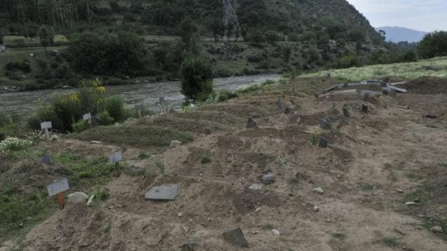 Gantmulla graveyard in Sheeri Baramulla where foreign militants, killed in encounters, were brought for burial in Srinagar, on July 10.(Waseem Andrabi/HT photo)