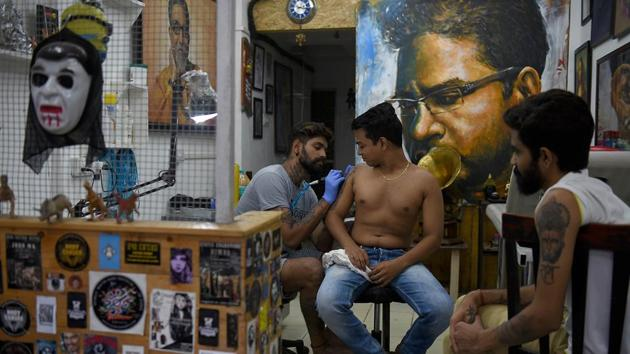 Tattoos and body art have become very popular among the youth, be it meaningful or just a fashion statement. (Bachchan Kumar /HT PHOTO)
