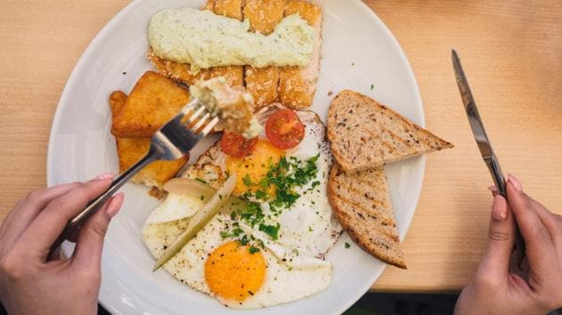 Did you know that having a big breakfast daily can help you lose weight?