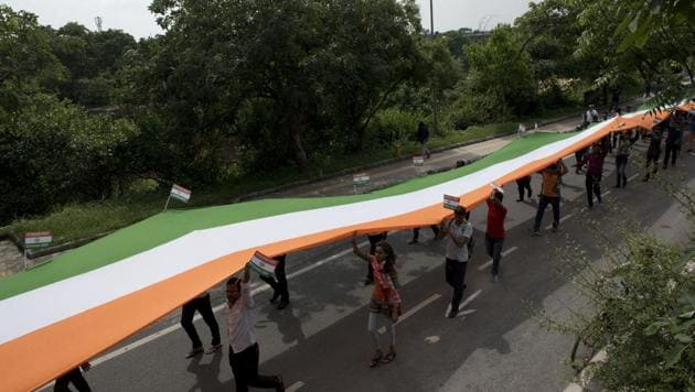 Tiranga March was held on the occasion of Kargil Vijay Diwas at Jawaharlal Nehru University in New Delhi.(Saumya Khandelwal/HT Photo)