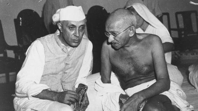 Mahatma Gandhi and Jawaharlal Nehru's contributon to India's freedom struggle is well documented, but textbooks in Rajasthan do not mention who India's first Prime Minister was. It also does not say anything about Mahatma Gandhi's assassination.(Getty Images)