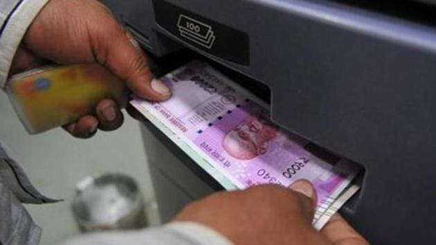 About 3.7 billion 2,000-rupee notes amounting to Rs 7.4 trillion have been printed(HT File Photo)