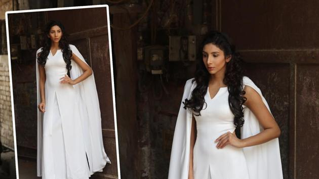 The uplifting Daenerys Targaryen in her pristine white cape gown by Deepa Sondhi turned out to be quite an inspiration for Delhi stylistas. At one point, girls stopped her to tell her that they wanted a gown exactly like her for their wedding. (Photo: shara ashraf/ht; styling: shara ashraf & akshay kaushal)