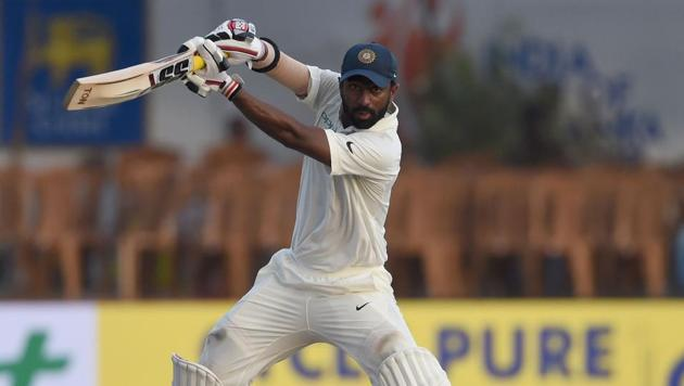 Abhinav Mukund in action on the third day of the India vs Sri Lanka first Test.(AFP)