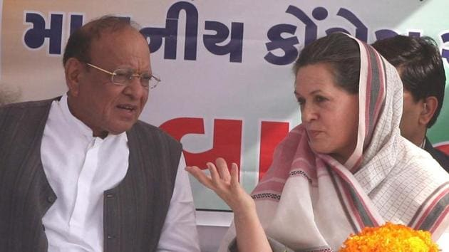Congress President Sonia Gandhi with Shankarsinh Vaghela during an election rally in Sabarkantha. Vaghela resigned from the party a week ago. Since then, five other Congress MLAs have quit Congress.(PTI File Photo)