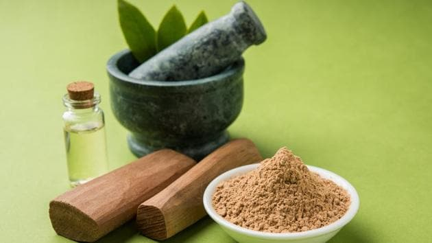 Sandalwood protects the hair from damage and hydrates it from within.(Shutterstock)