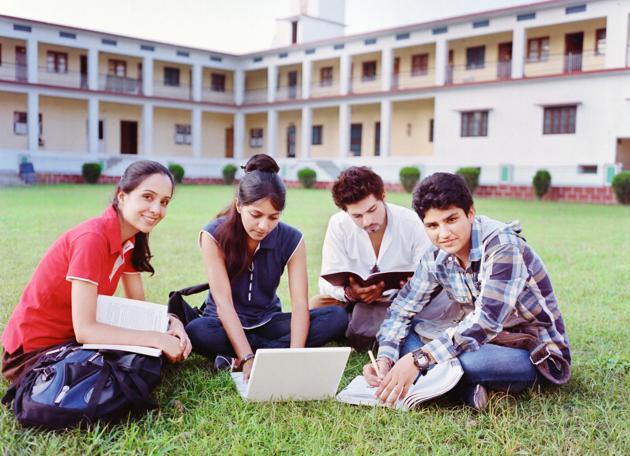 The British High Commissioner has said that no attempts have been made by the UK government to hold back foreign students willing to pursue university education in their country.(Getty Images/iStockphoto)