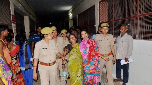The BRD Medical College in Gorakhpur is under fire following the death of at least 30 children in its hospital, allegedly after oxygen supply was snapped over non-payment of dues.(PTI)