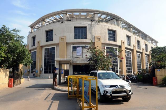 MCG officials and villagers in Gurgaon have been at loggerheads in the past.(HT FILE)
