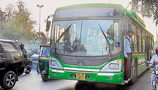 In the first phase, the government will introduce this system in 100 cluster buses and 400 Delhi Transport Corporation (DTC) buses.(HT FILE)