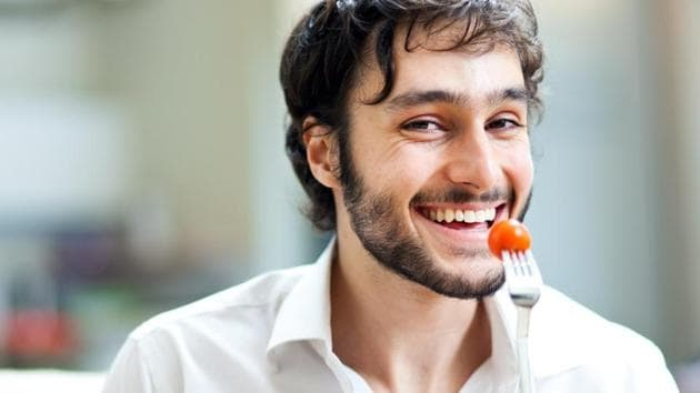 Men who eat more veggies have attractive body odour, finds study