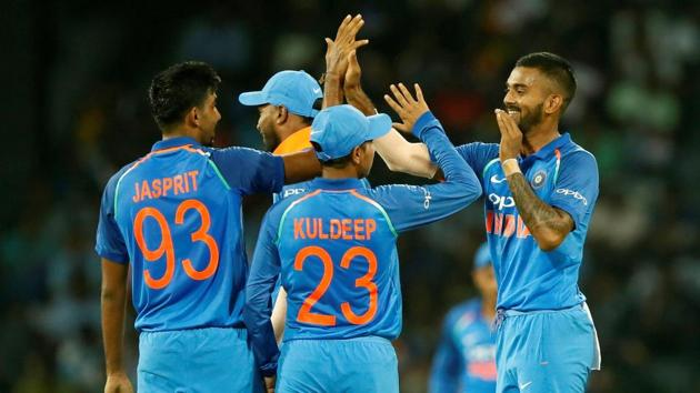 Indian players celebrate the dismissal of Angelo Mathews during the fourth ODI between India and Sri Lanka in Colombo. Catch full cricket score of India vs Sri Lanka, 4th ODI in Colombo here(REUTERS)
