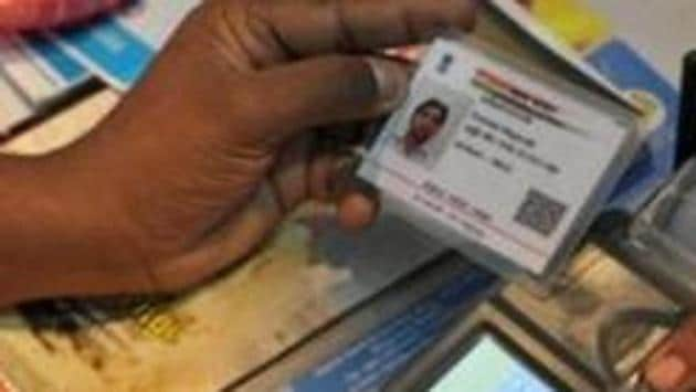 The government has made Aadhaar number mandatory for filing income tax returns and applying for a PAN card.(AFP File Photo)