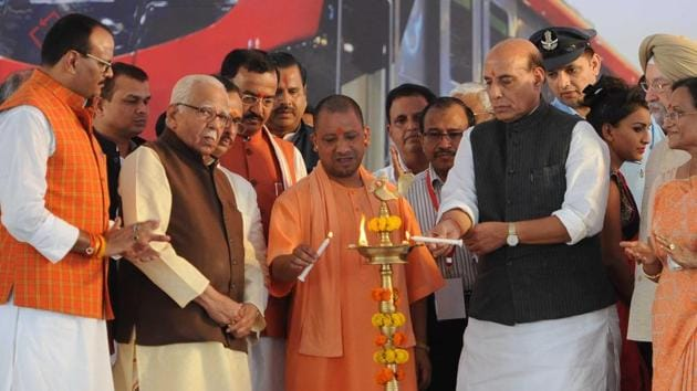 Home minister Rajnath Singh, UP Governor Ram Naik and Chief Minister of UP Yogi Adityanath lighting the lamp during the inauguration function of Metro Rail Transport from nagar to Charbagh in Lucknow, on September 5, 2017.(Subhankar Chakraborty/HT PHOTO)