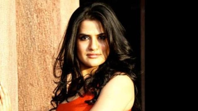 In a strongly worded post, Sona Mohapatra has questioned Kangana Ranaut's 'feminism'.