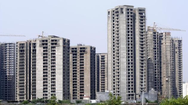 Jaypee projects, in Noida, were ordered to pay a penalty as interim relief to 10 homebuyers who got their flats at the Kalypso Court.(Sunil Ghosh/HT File Photo)