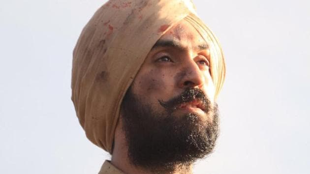 His fans are really loving Diljit Dosanjh's new look.(Twitter)