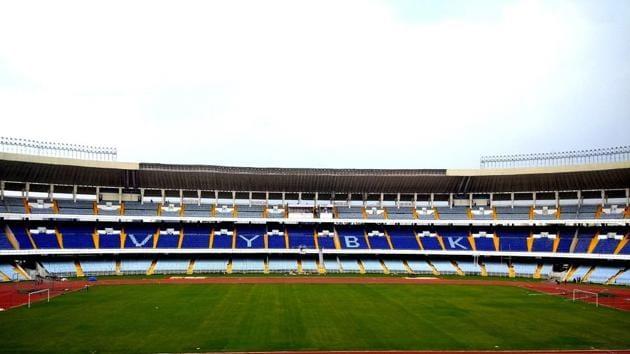 Refurbished at over Rs 100 crore, the Vivekananda Yuba Bharati Krirangan in Kolkata will have a seating capacity of 66, 687 for the FIFA Under-17 World Cup(HT Photo)