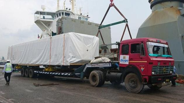Arrival of the shell of 12000 HP loco from Alstom France and its unloading at Haldia port enroute to Madhepura factory on Wednesday, September 20, 2017.(Railway Ministry's Twitter page)