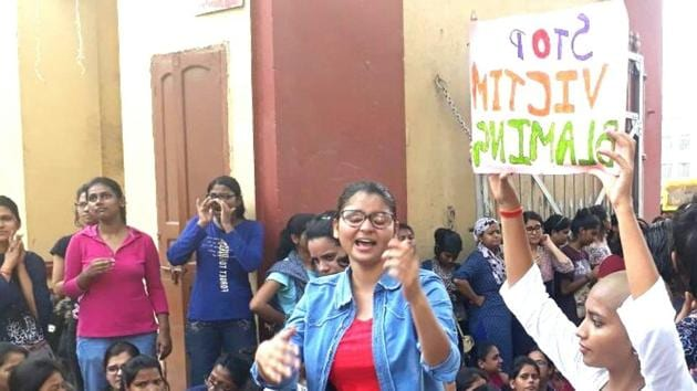 Benares Hindu University students hold a protest inside the campus on Saturday.(HT Photo)
