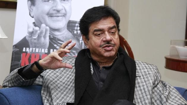 Actor turned politician Shatrughan Sinha during an interview with HTCity.(HT Photo)