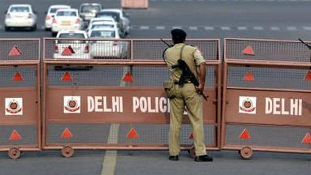 A Delhi Police official accused of molestation has been let off.(HT file photo / Representational)