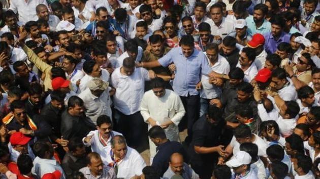 MNS chief Raj Thackeray amid supporters in Mumbai.(FILE)