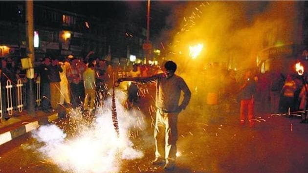 The court expressed its alarm at the pollution witnessed during Diwali in Chandigarh, Mohali and Panchkula.(HT File)