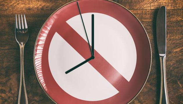 According to researchers, an intermittent fasting, up to 16 weeks, without otherwise having to count calories may help fight obesity and other metabolic disorders(Shutterstock)